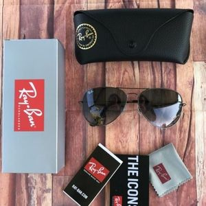 🎉60%OFF NEW AUTHENTIC RAY BAN AVIATORS GRADIENT